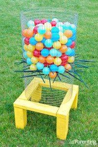 DIY-Giant-Kerplunk-Game-Backyard-Game-Idea