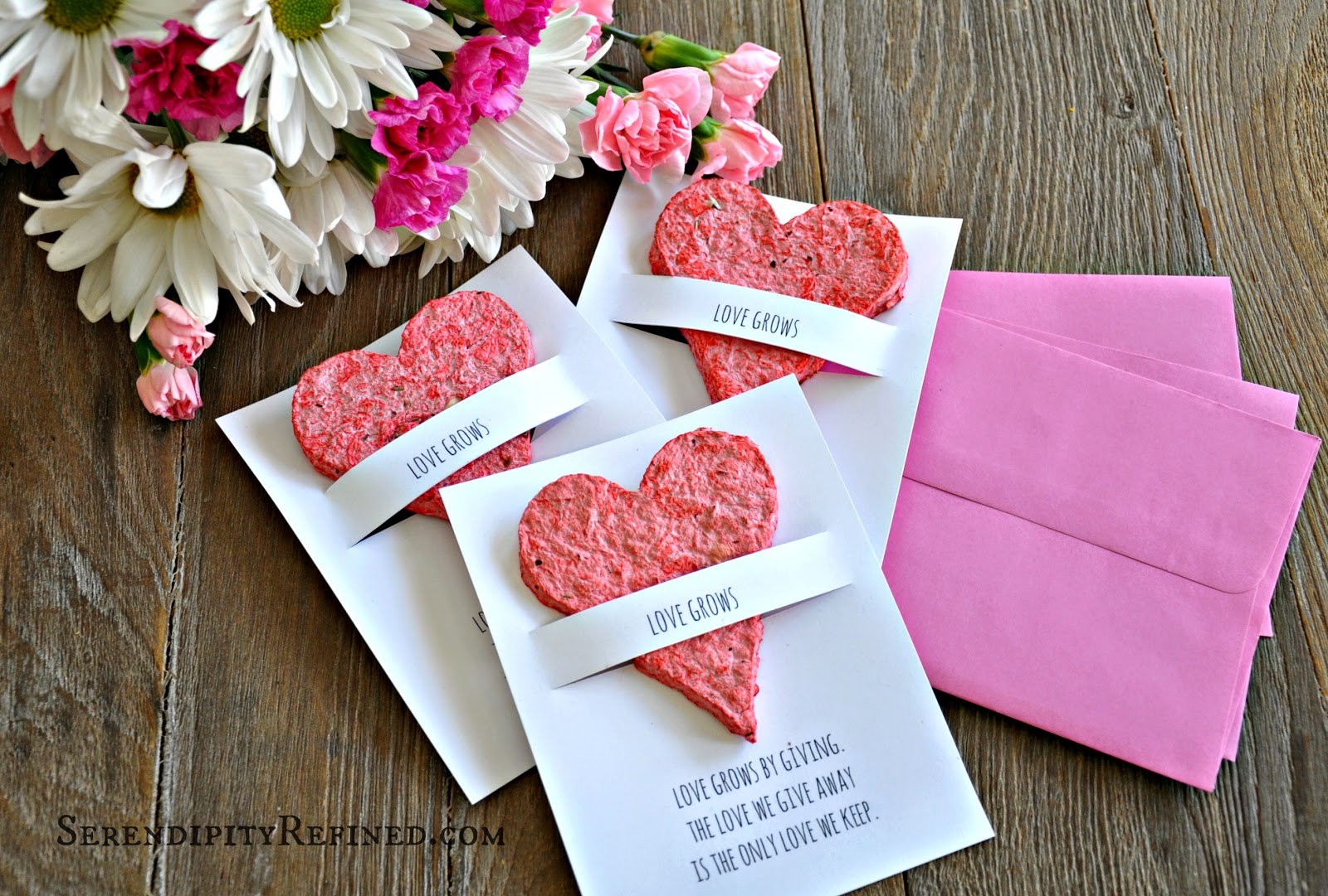 Home Made Paper Valentine Shower Favor Wedding Heart Seed Flower Diy Tutorial Favors Gardenoflove Rustic T1441115070