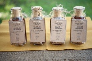 Southern-weddings-Emily-Steffen-creative-escort-cards-escort-cards-barbecue-escort-cards-spice-rub-escort-cards1